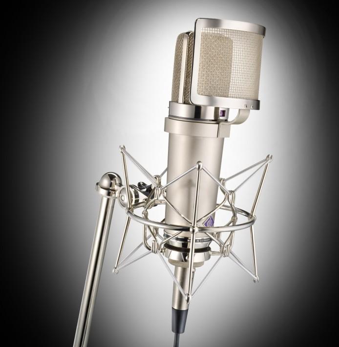 Mikrofon mit Spinne-fokuspunkt-3DVisualisierungen-Werbefotografie-Werbefotograf-Fotograf-Berlin-Tempelhof