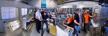 Mitarbeiter einer Stromanlage-fokuspunkt-Werbefotograf-Fotograf-Industriefotograf-Berlin-Tempelhof